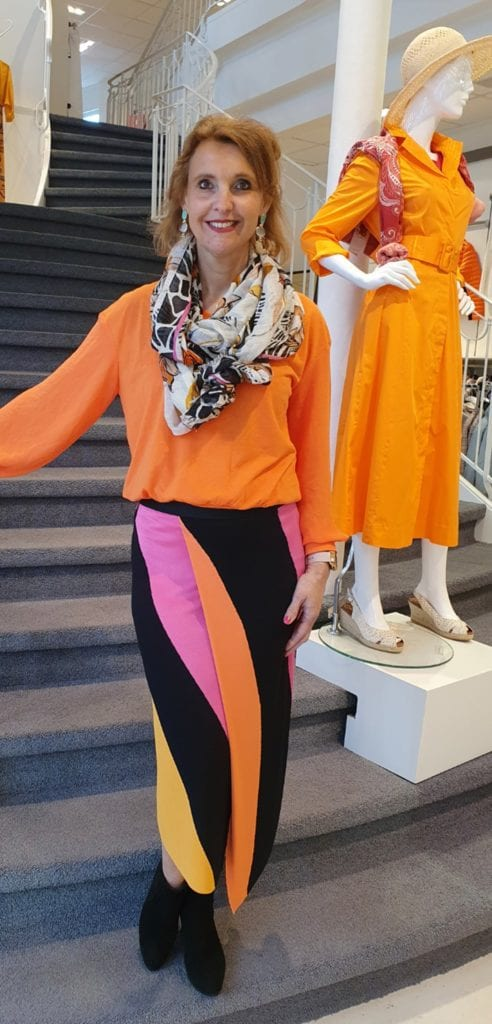 MARCCAIN-COLORBLOCKING-april
